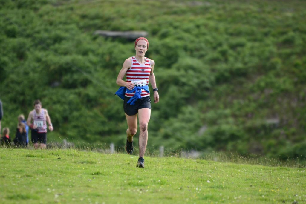 Gayle Sugden finishing strong at Widdop 2016